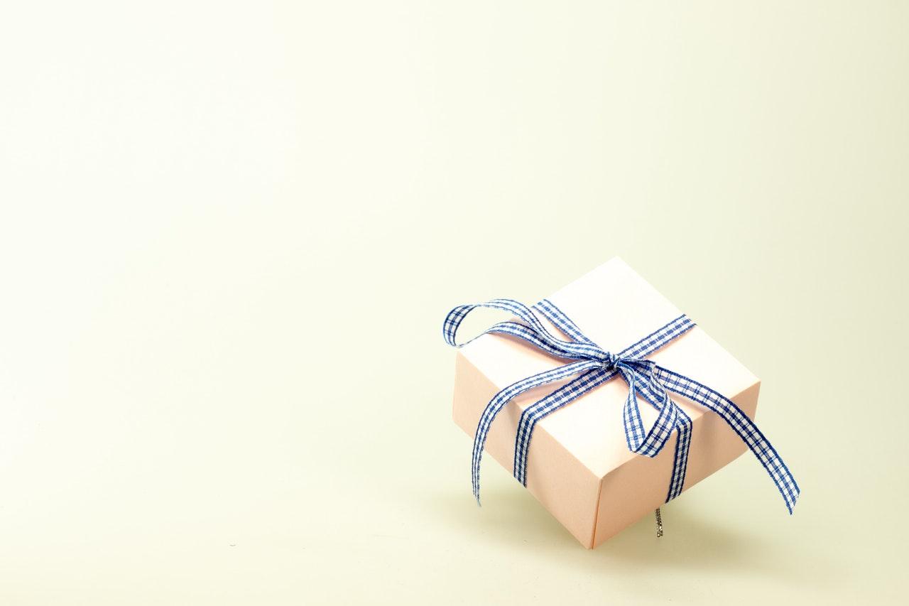 lille pakke af miljøvenlig emballage